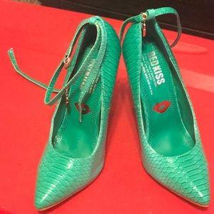 Faux alligator heels